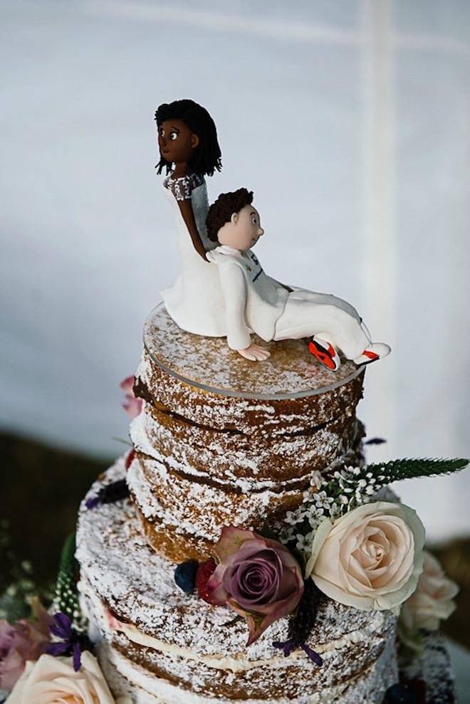 Hanai and Robert's wedding cake
